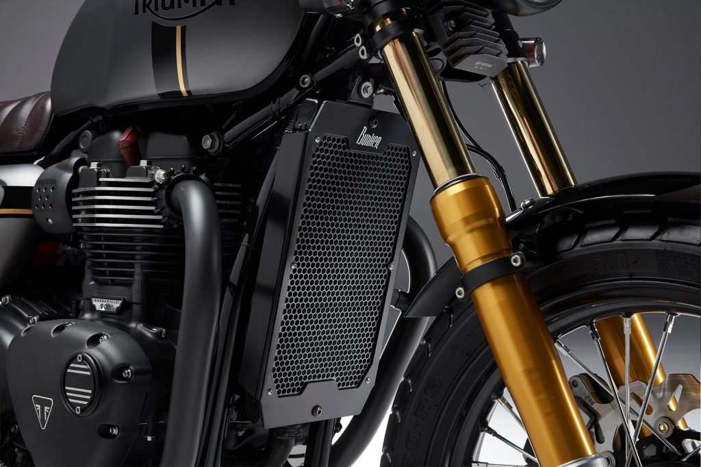 Triumph_Street_Radiator_Guard_images_2_Street_Twin_radiator